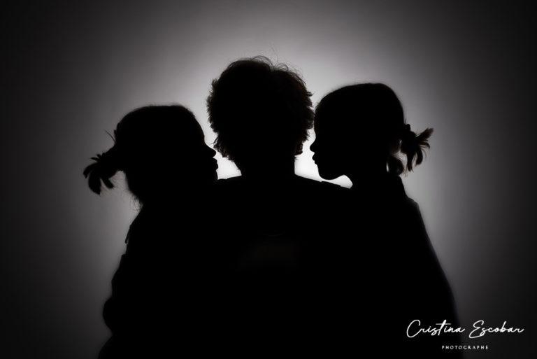Photo-silhouette-bisou-enfants