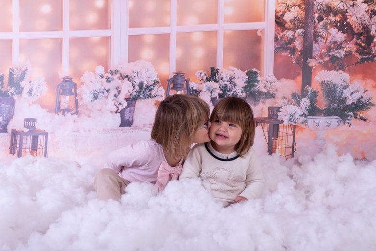 Photo Noël enfants bisou