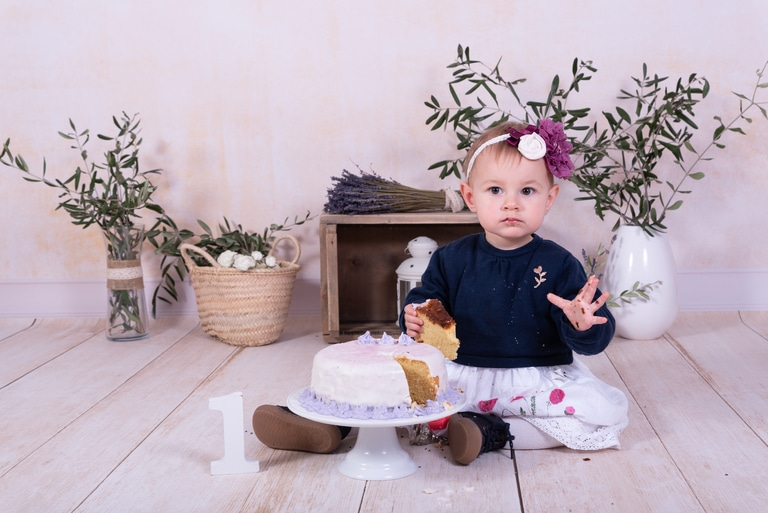 Séance photo famille smash the cake anniversaire